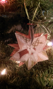 folded-paper-star-ornament